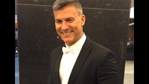 Pai de Leonardo Vieira condena ataques homofóbicos ao filho