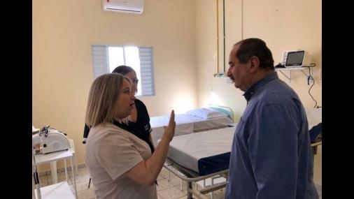 Prefeitura entrega Ala Covid-19 e anuncia novo decreto