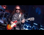 Ex-guitarrista do Kiss toca em SP e não recusaria retorno à banda