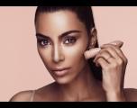 Kim Kardashian vendeu R$ 48 milhões em maquiagem em menos de 3 horas