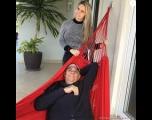 Em tratamento, Marcelo Rezende posta foto com a namorada