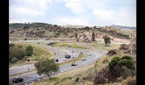 Feriado deve levar 622 mil veículos para rodovias
