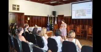 Reunião apresenta o Programa Criança Feliz