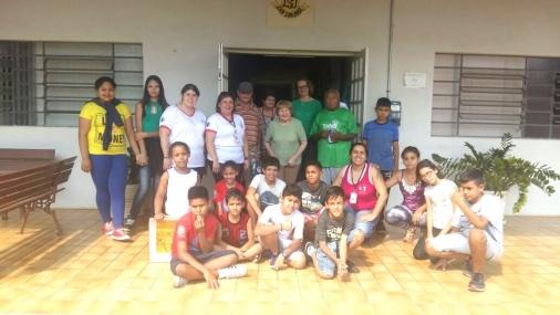 Integrantes do CRAS Rosas visitam Lar São José