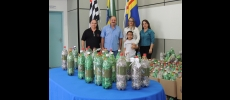 Prefeitura arrecada mais de mil garrafas para a Campanha �Lacres