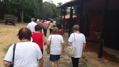 Centros de Convivência do Idoso passeiam no Acampamento Aldeia