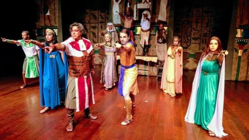 """Teatro Municipal recebe a peça """"O Amor Venceu"""""""