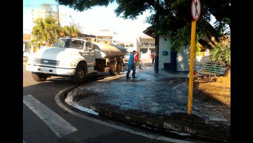 Prefeitura realiza a limpeza do Largo São Benedito