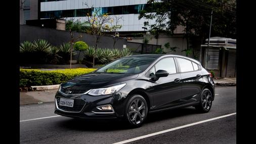 Chevrolet Cruze ganha nova versão Black Bow Tie