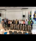 Campanha �Lacres que ajudam vidas� arrecada 10 cadeiras de rodas