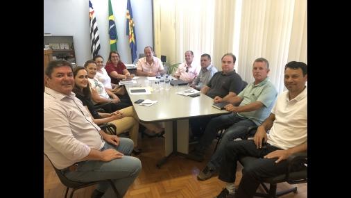 Prefeito Aldo recebe visita da nova diretoria da Santa Casa