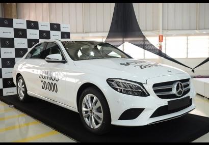 Mercedes-Benz produziu 20 mil automóveis no Brasil