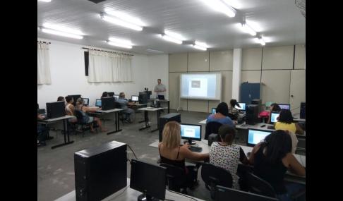 Prefeitura Municipal oferece curso gratuito de informática básica