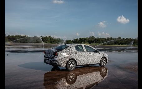 Novo Land Rover Defender entra na fase final de testes